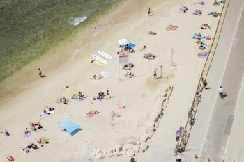 Carlton On The Beach