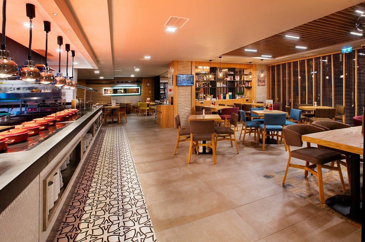 Holiday Inn Istanbul Kadikoy