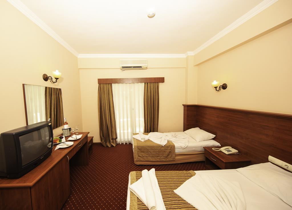 ARMIR PALACE HOTEL