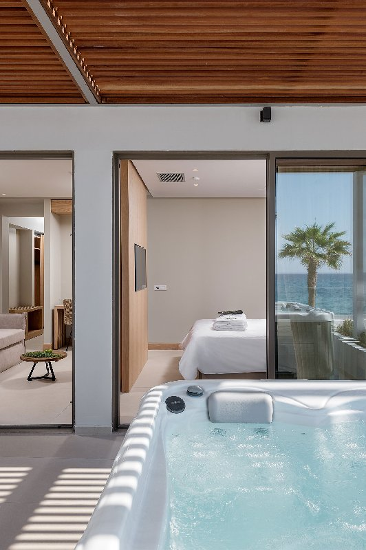 Ikones Seafront Luxury Suites (Adults only)