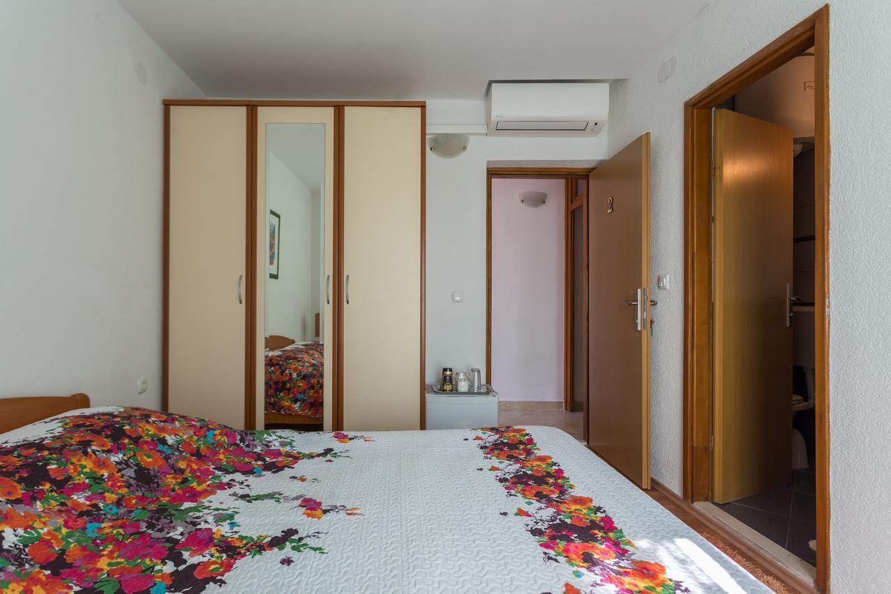 Apartments Tomas Ii