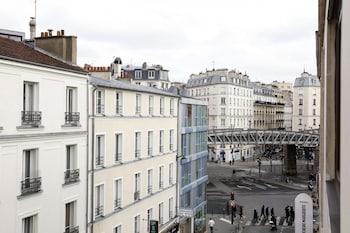 Eiffel Capitol