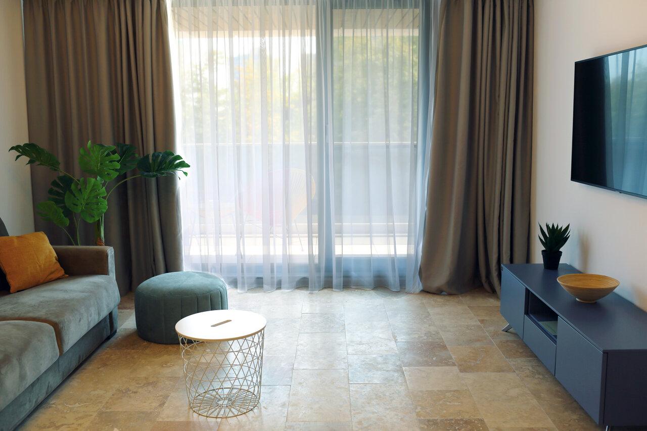 Astria Luxury Aparthotel