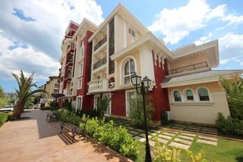 Menada Apartments In Messembria Resort