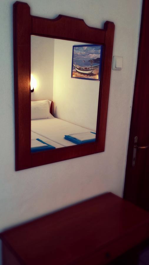 Rooms Ntontas
