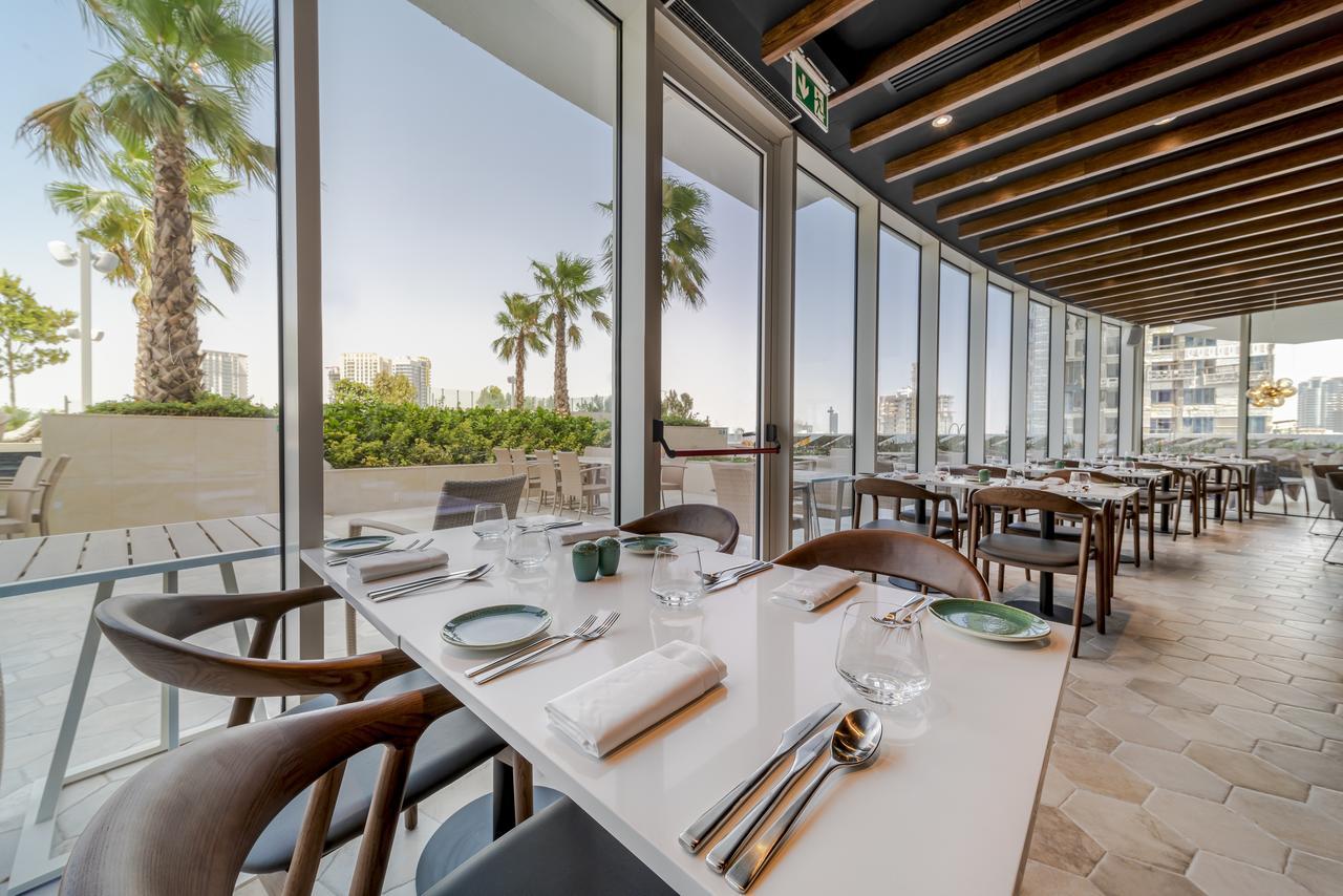 Hotel FIVE Jumeirah Village Dubai