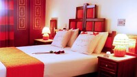 Antirides Hotel