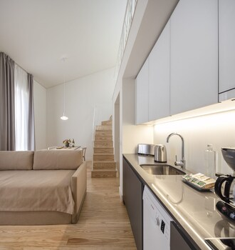 Lisbon Serviced Apartments – Santos