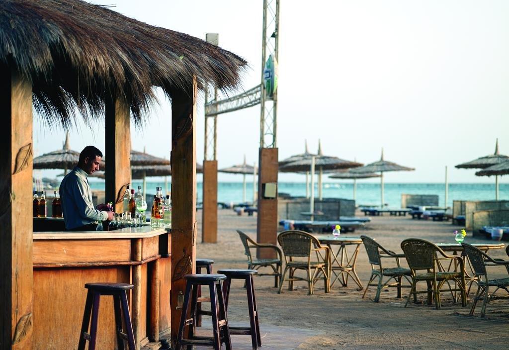 Coral Sea Water World Resort
