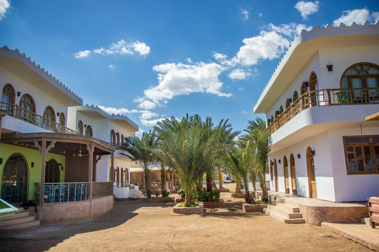 Shams Hotel & Dive Centre