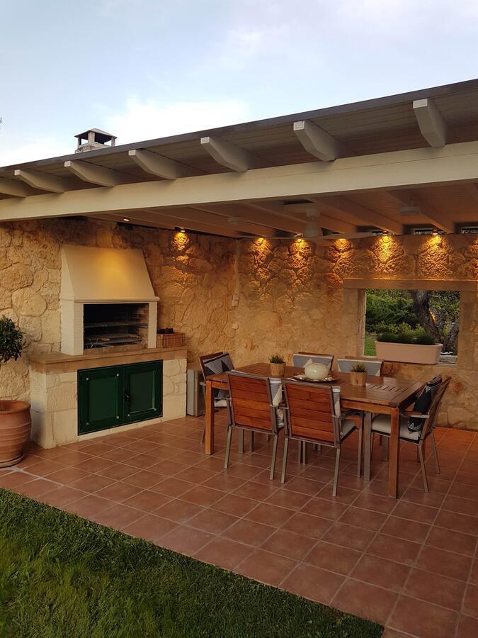 Eolia Luxury Villa