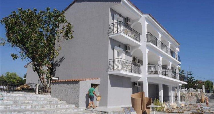 Sotiris Apartments