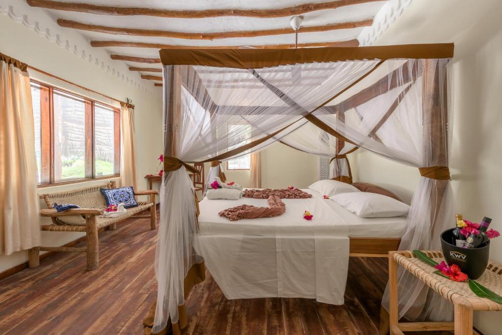 Hakuna Majiwe Beach Resort