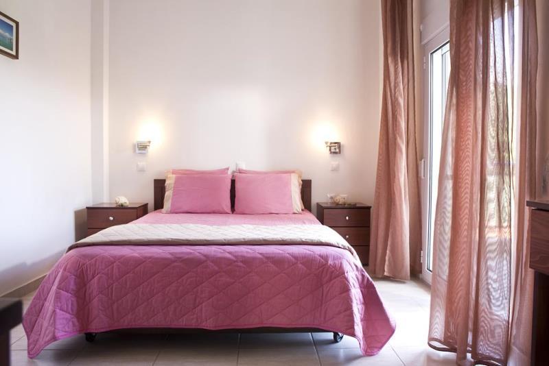 Stratos Hotel