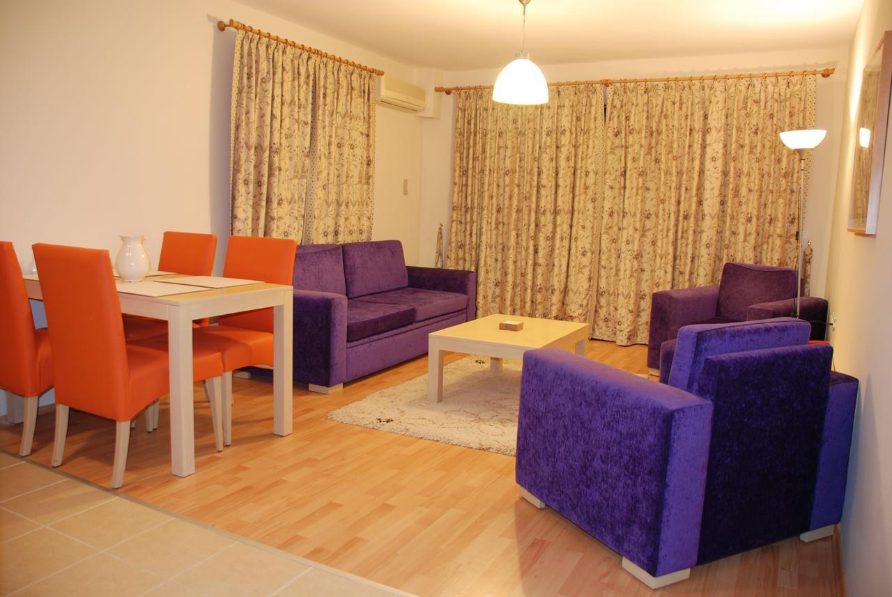 Aparthotel Tuntas Suites Altinkum