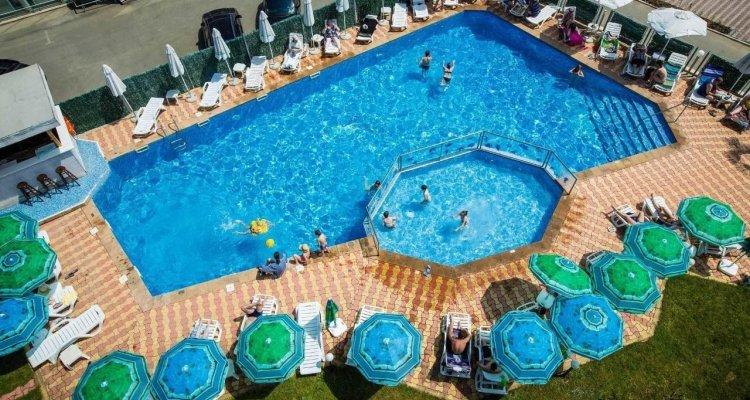 Hotel Bohemi - All Inclusive