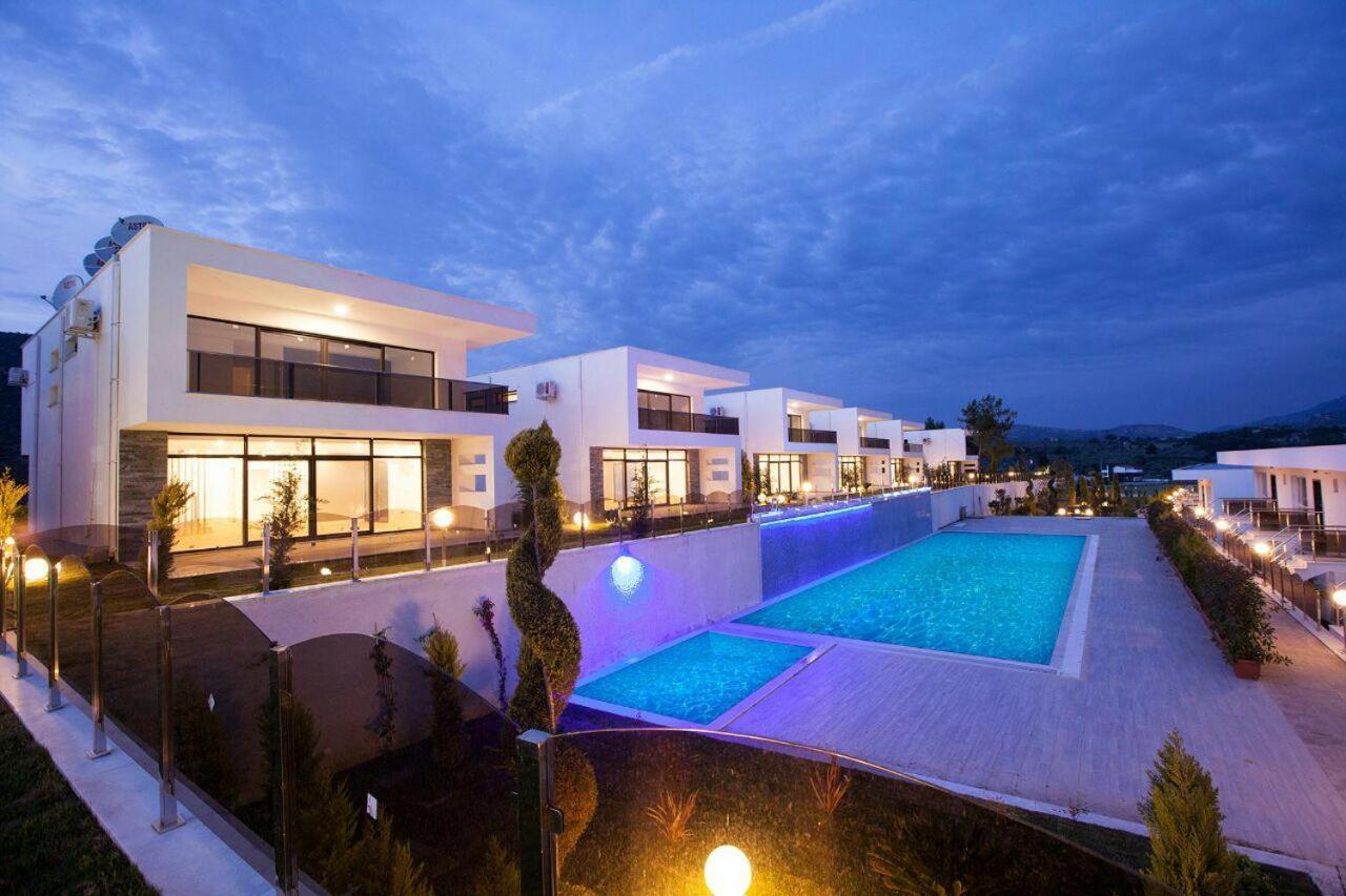 Igl Beverly Hills Villas