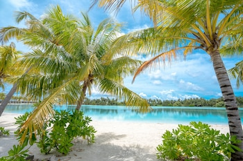 Rahaa Resort