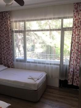 Tayfun Otel