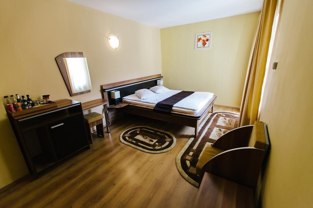Hotel Dobsi
