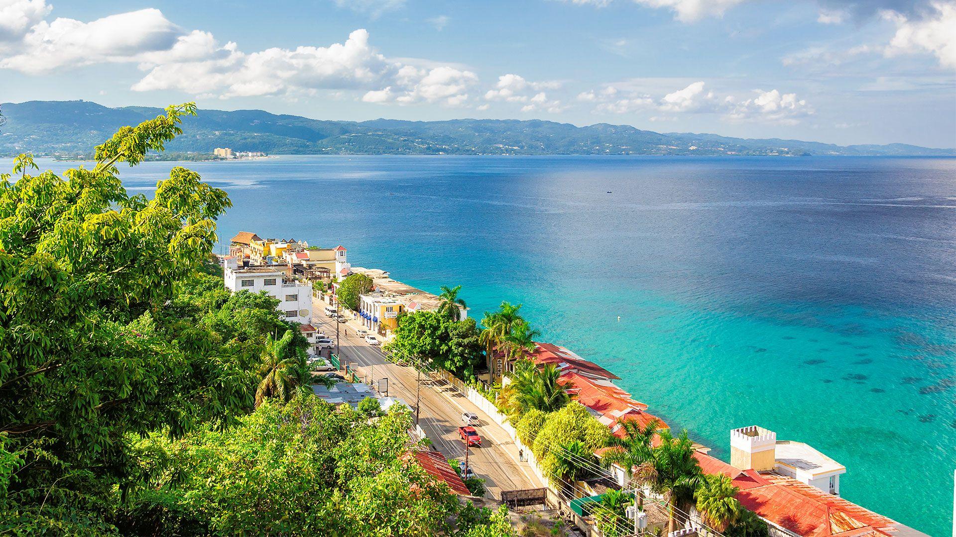 Best Deal TravelHubX - 1 Decembrie 2021 in Jamaica - cu plecare din Budapesta