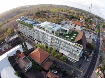 Maxonehotel At Bukit Jimbaran