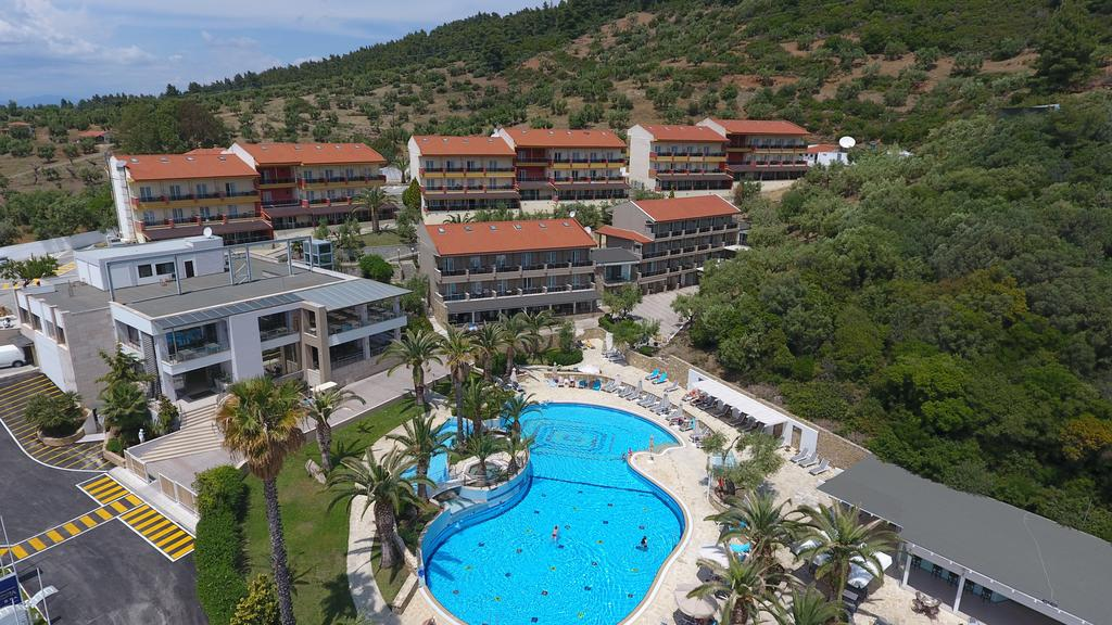 Lagomandra Hotel  Spa