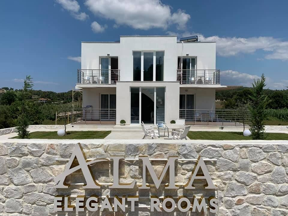 Alma Elegant Rooms