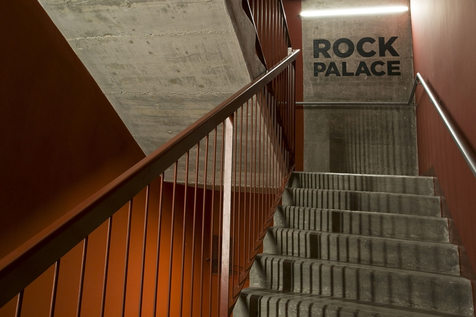 Sant Jordi Hostel Rock Palace