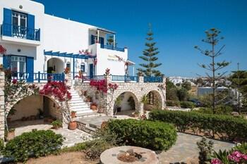 Ragoussis House