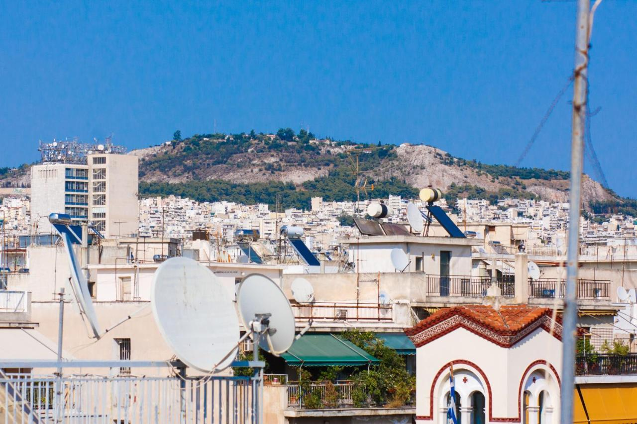 Acropolis View Roof Top Small Flat With All Around Balconies