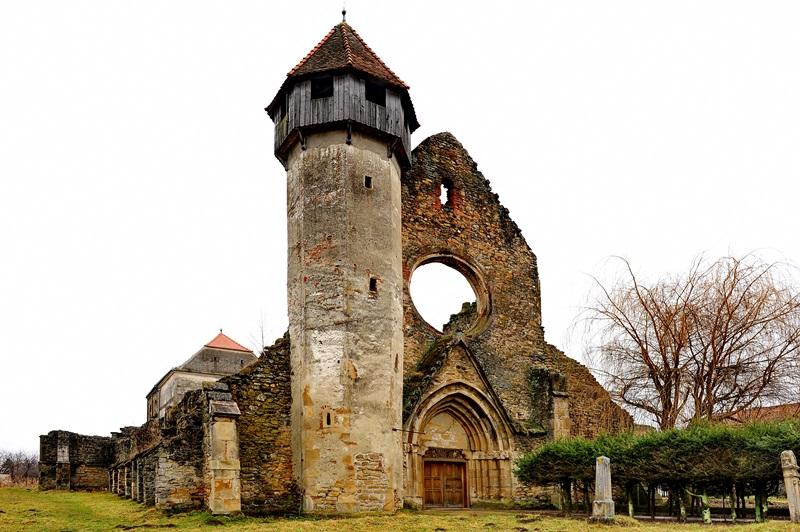 CETATI Transilvane si Biserici FORTIFICATE Sasesti