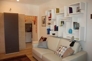 Govienna Charming Studio