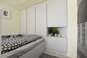 Budget Apartment By Hi5 - Krudy Street