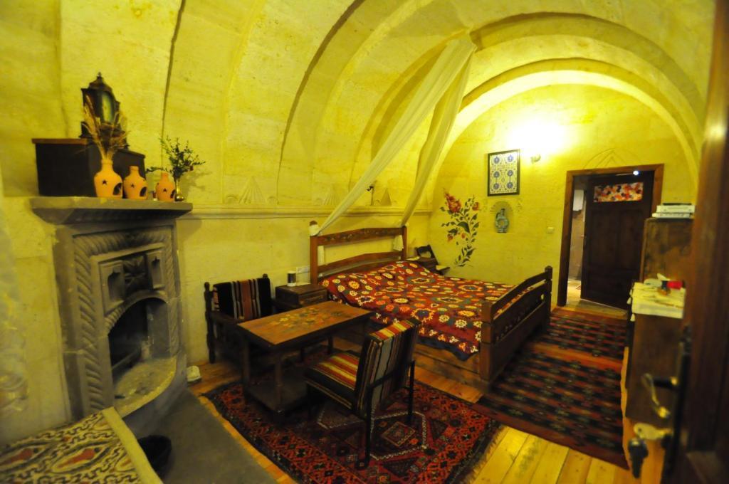 Kismet Cave House