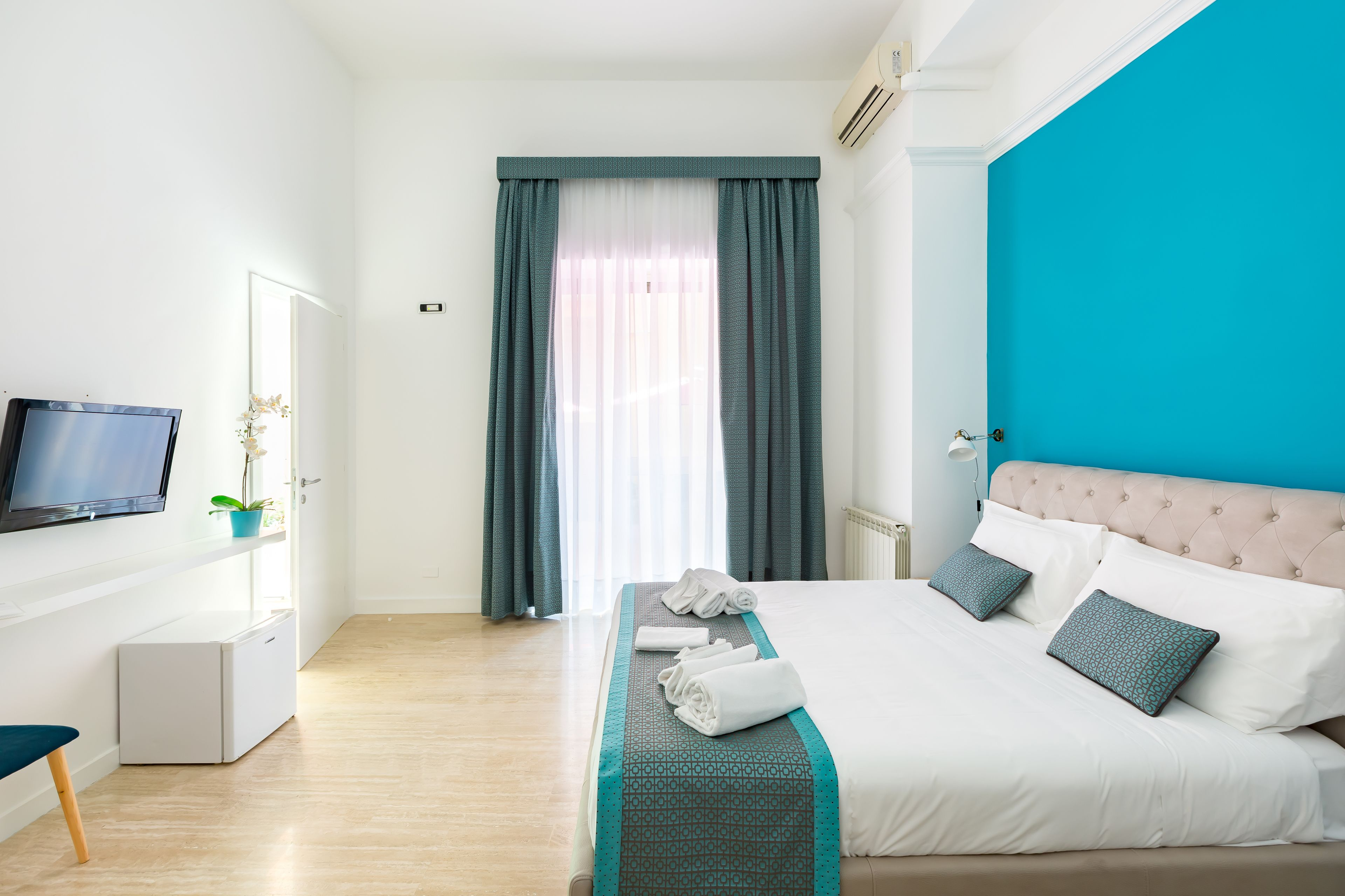 Trevi Fountain Guesthouse