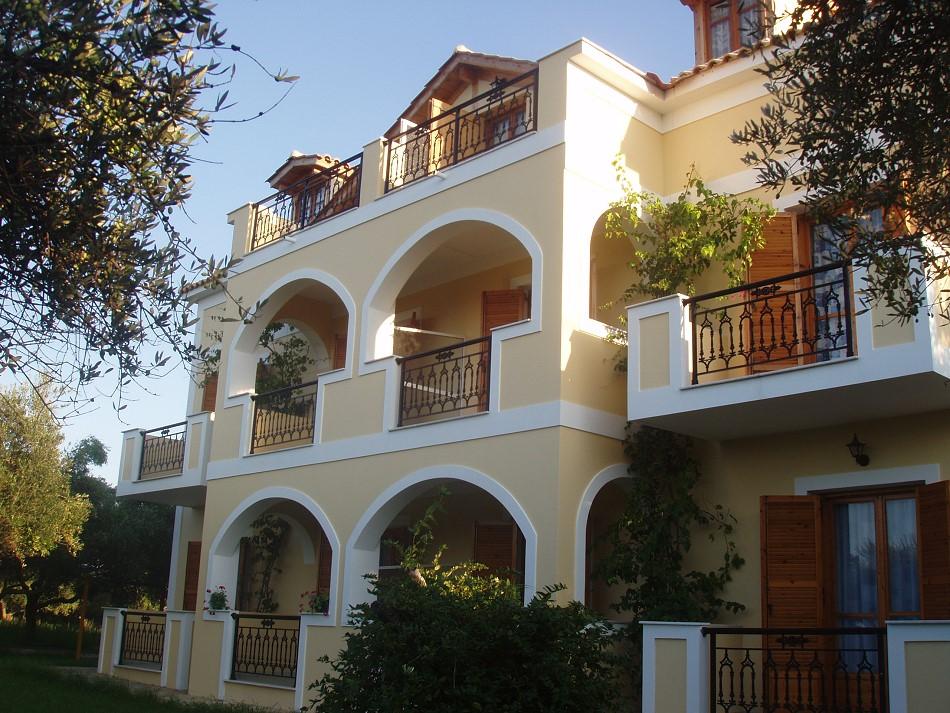 Kavos Psarou Studios & Apartaments