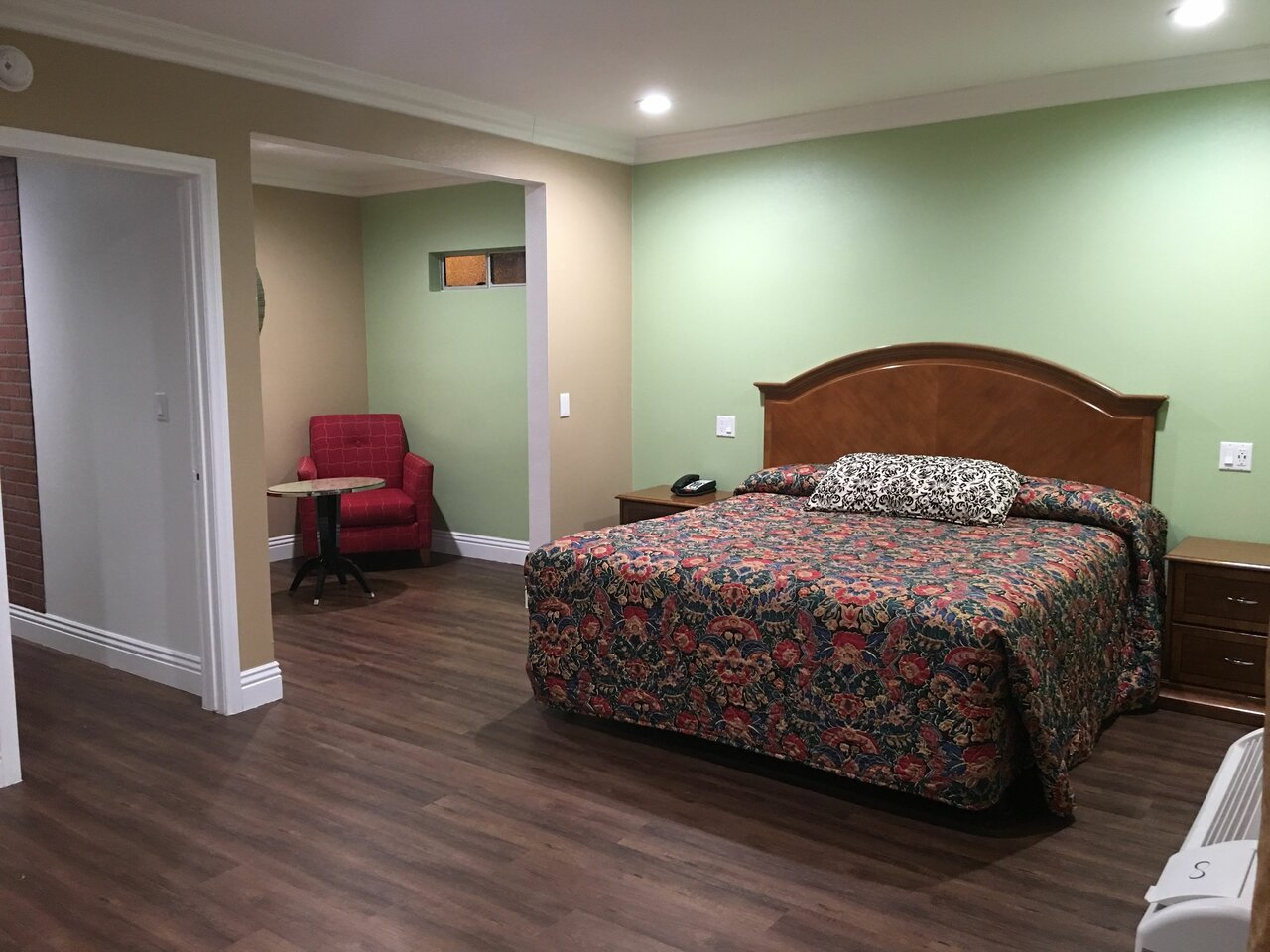 American Inn And Suites Inglew