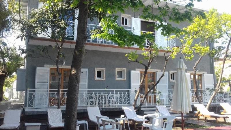 Helios Garden Hotel