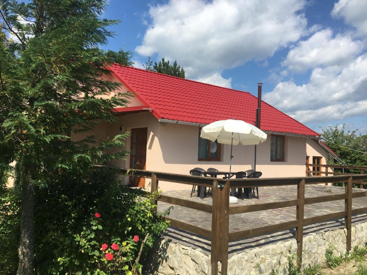 Cabana Cu Mesteceni Varatec