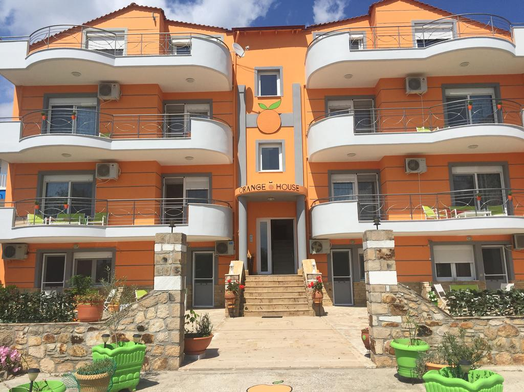 Orange House Apartments & Suites