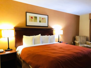 Country Inn & Suites By Carlson,  New York City In Queens,  Ny