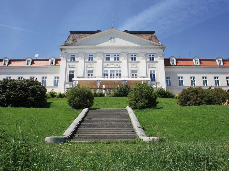 Austria Trend Htl Schloss Wilhelminenberg