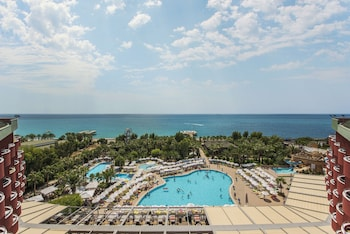 Delphin De Luxe Resort