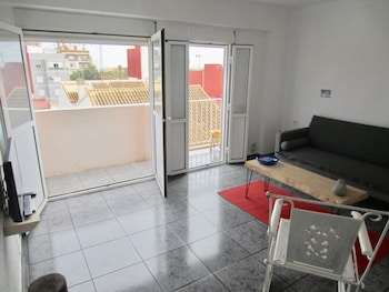 Apartment 400 Meters From The Beach