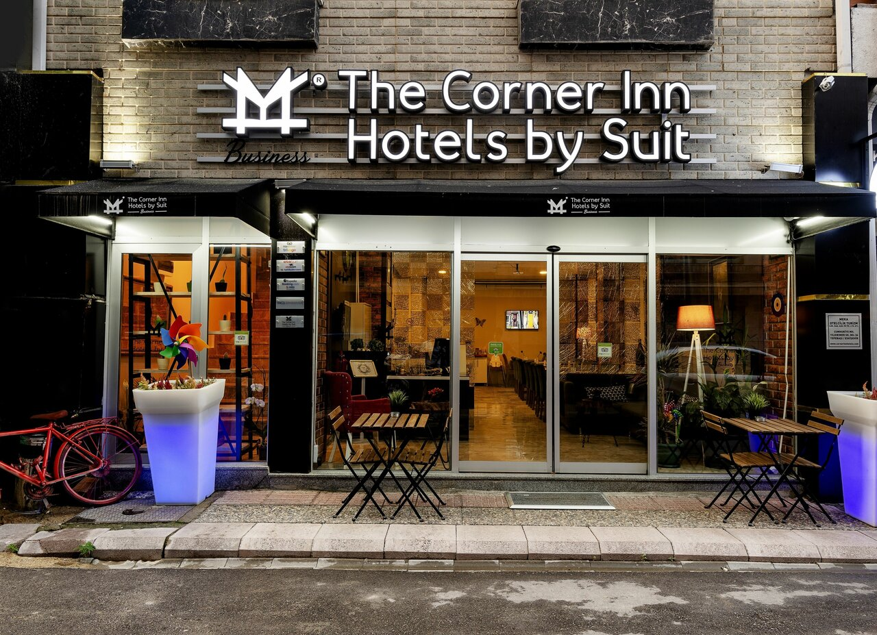 The Corner Inn Suit
