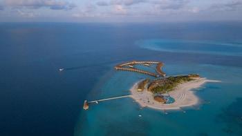 Cinnamon Velifushi Maldives