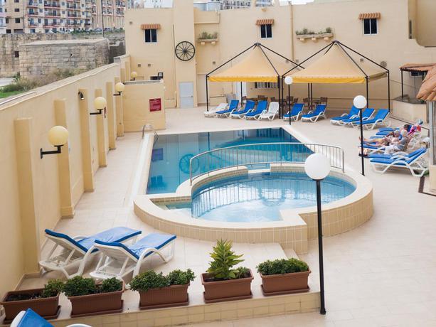 Mavina Hotel And Apartments