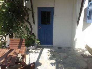 Rania Apartments Sea View