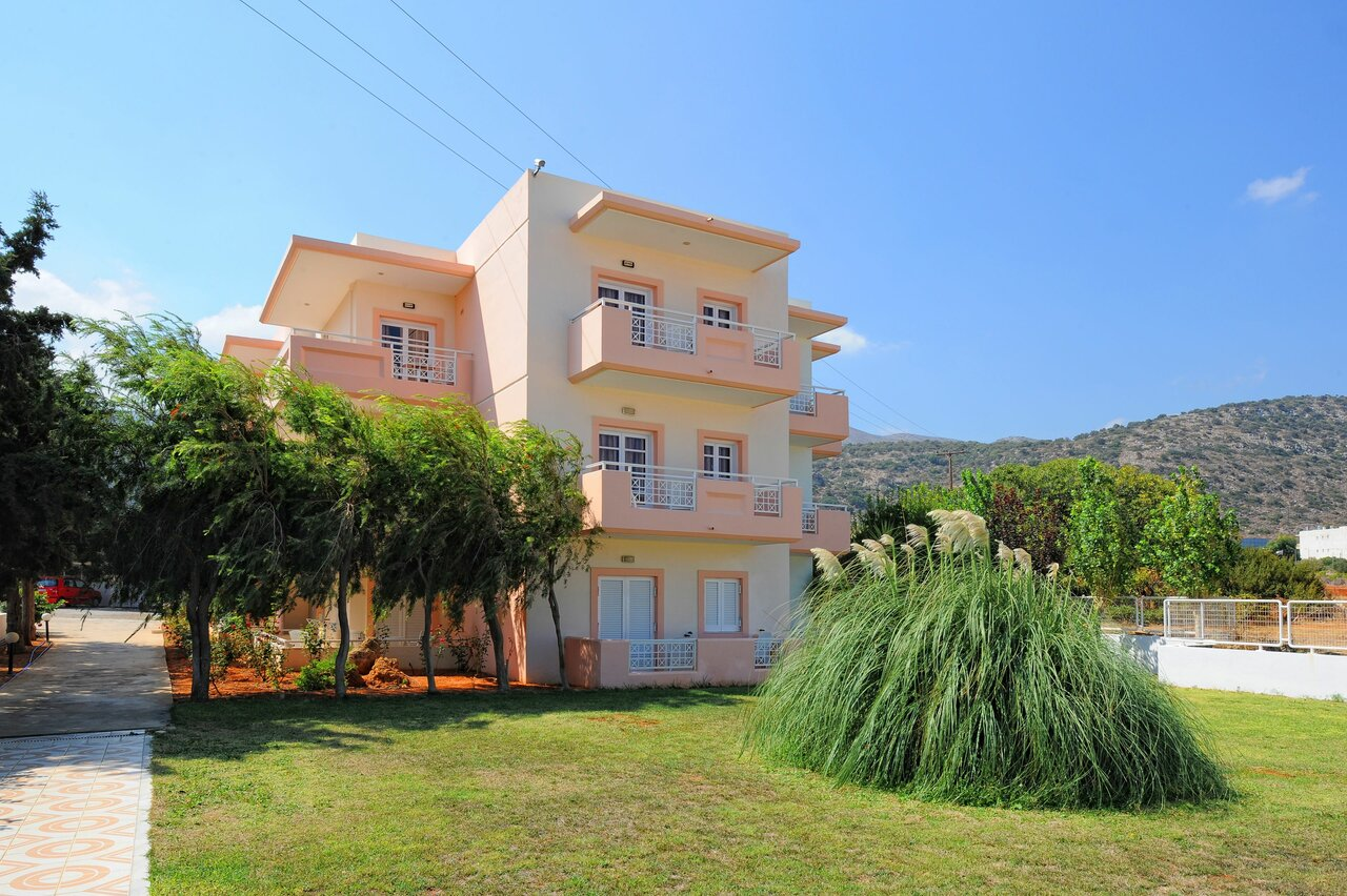 Manolis Apartments (malia)